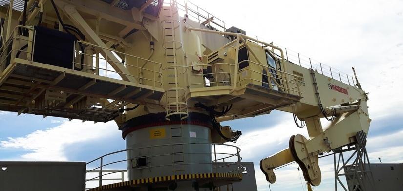 EDT Hercules - AHC Crane
